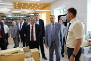 Полпред Александр Беглов остался доволен работой АО «Плитспичпром»