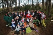 Жители ЖК «Опалиха О2» приняли участие в благоустройстве леса