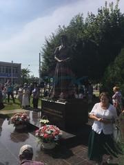 Установлен памятник княгине Шаховской, директора ООО «ПГК» пригласили