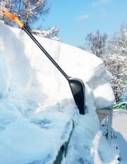 Уборка снега с крыши своими силами